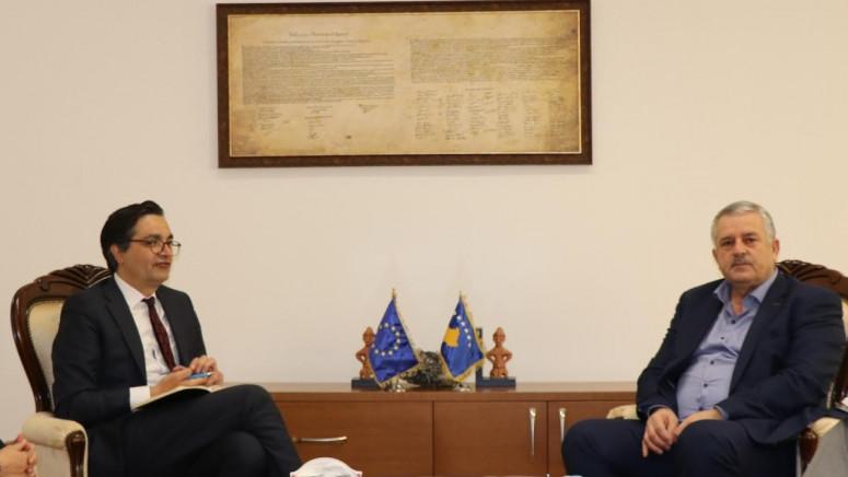 Veljiu razgovarao sa Lajčakovim političkim savetnikom