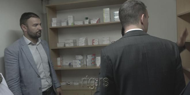 Medicinski materijal i lekovi amblanti u Lipljanu