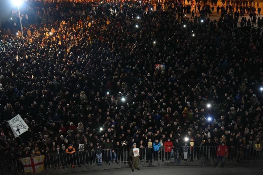NATO o litijama u Crnoj Gori: Sloboda izražavanja važna u svakoj demokratiji
