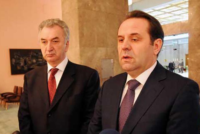 Ljajić i Šarović: Ako Priština ne ukine takse, od 1. jula kontramere