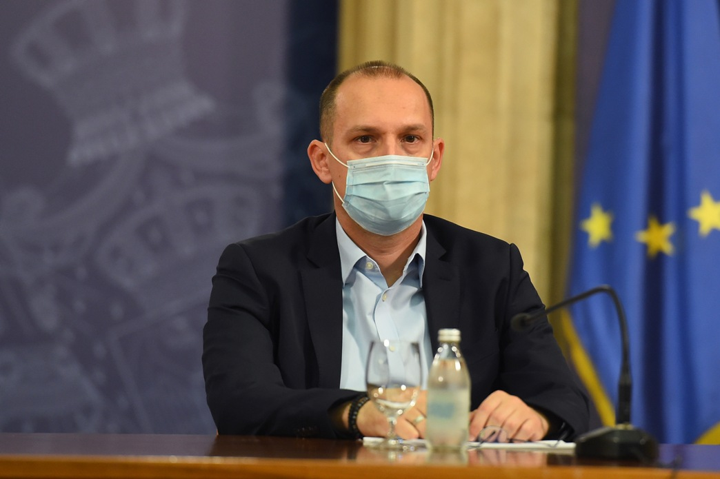 Lončar: U Srbiji zaraženo više od 800 zdravstvenih radnika