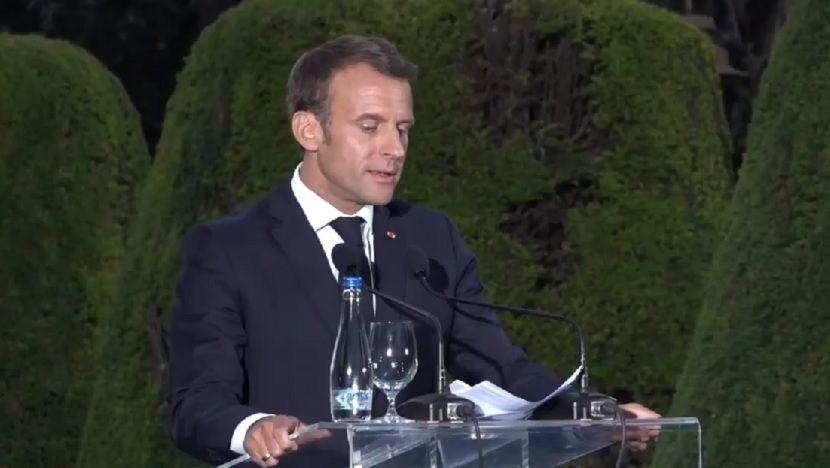 Makron se na Kalemegdanu obratio na srpskom jeziku: Francuska vas voli