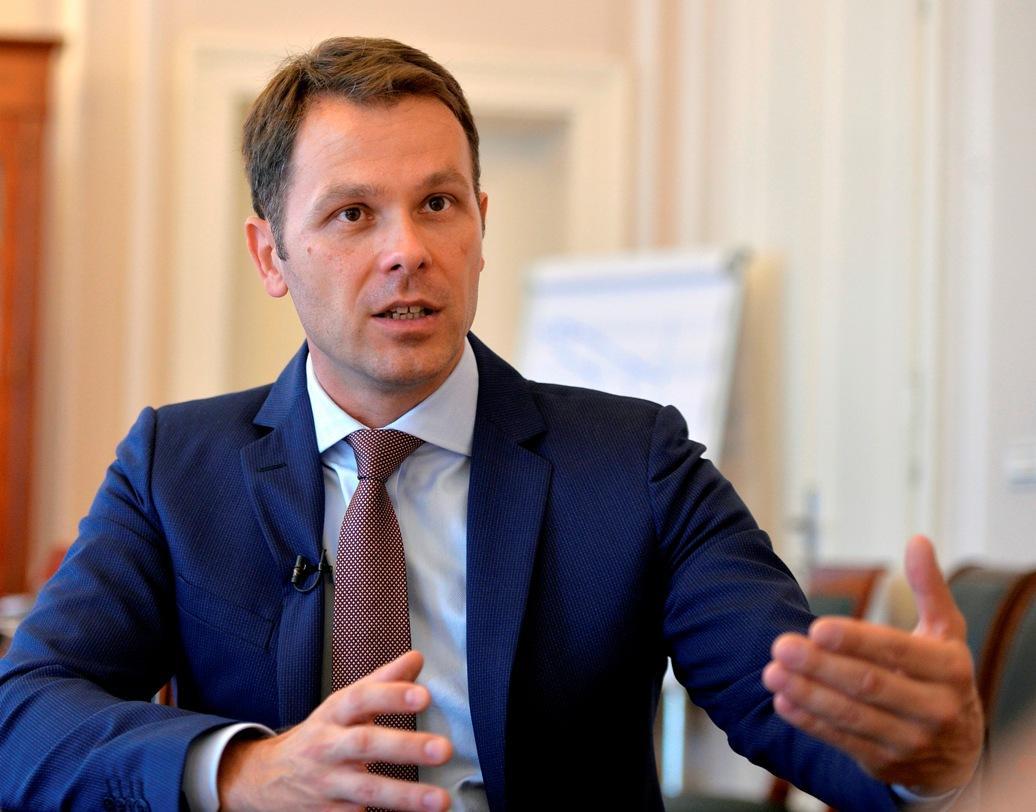 Mali: U Srbiji svako ima šansu da se zaposli, želimo prosečnu platu od 900 evra