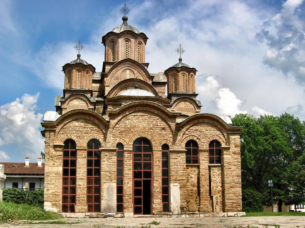 Tomčić: Pravoslavno nasleđe na Kosovu ekranizovano, uskoro pred gledaocima