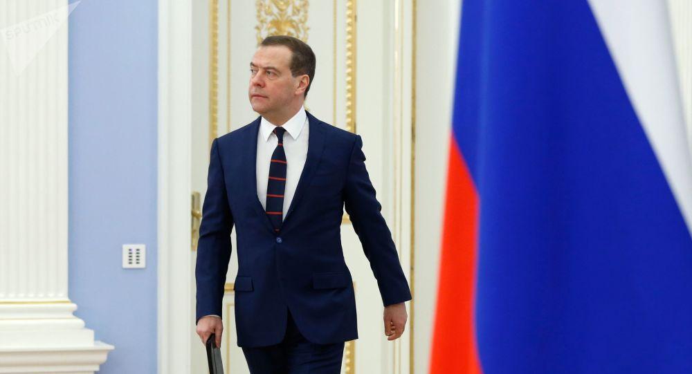 Medvedev sutra u Beogradu