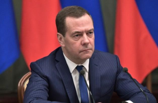 Medvedev: SAD nikada neće ukinuti sankcije Rusiji