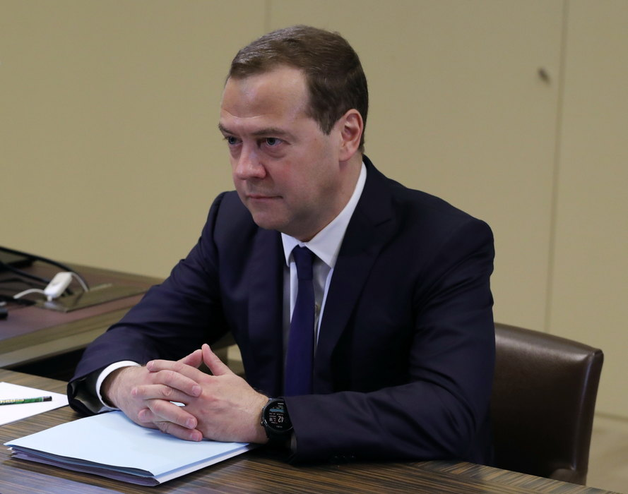 Medvedev o KiM:Polazimo od suvereniteta i ter.integriteta SR
