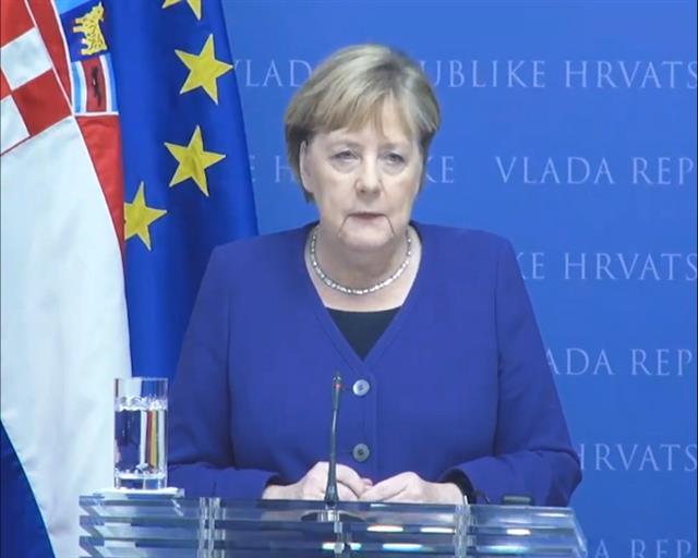 Merkel: Spremni smo na razgovor o metodologiji pregovora s EU