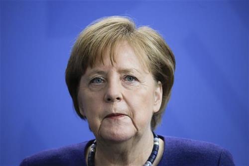 Merkel: Protivnici EU u članicama čekaju da zloupotrebe krizu