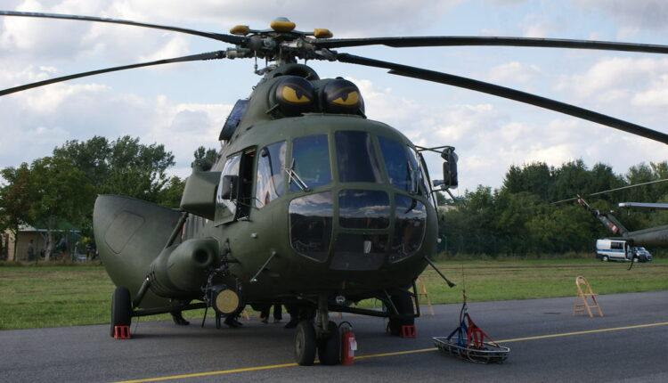Vučić danas na prezentaciji helikoptera Mi-35, H-145M, Mi-17