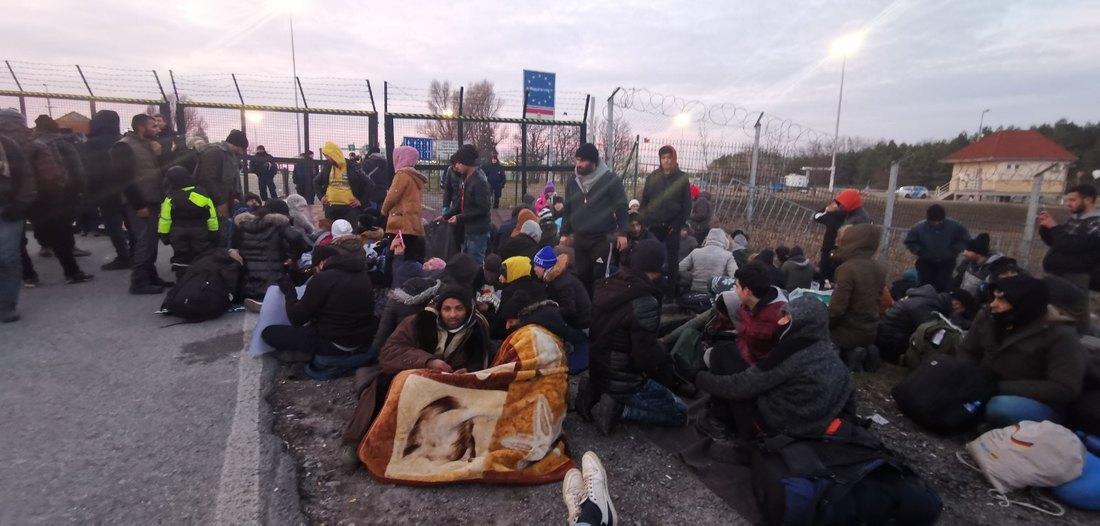 Migranti prevezeni u prihvatne centre, otvorena granica