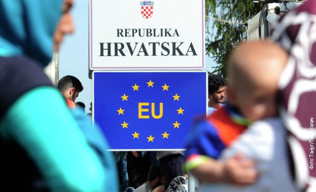 Hrvatski policajac: Naređuju nam da migrantima uzimamo novac i telefone