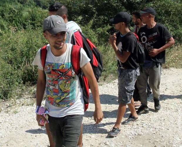 Privedeno 45 migranata u blizini makedonsko-srpske granice