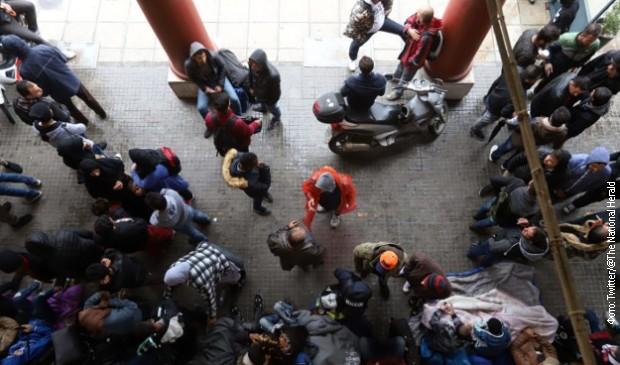 Grčka tražila od migranata da se vrate u smeštajne centre