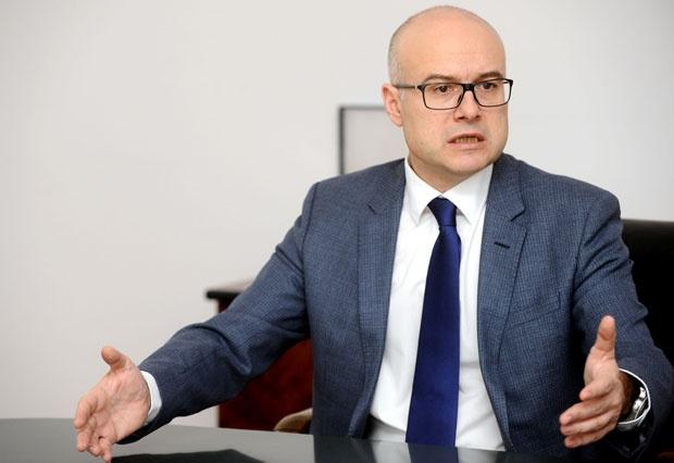 Vučević: Ne dozvoljavam da ti opskurni politički likovi lažu građane Srbije