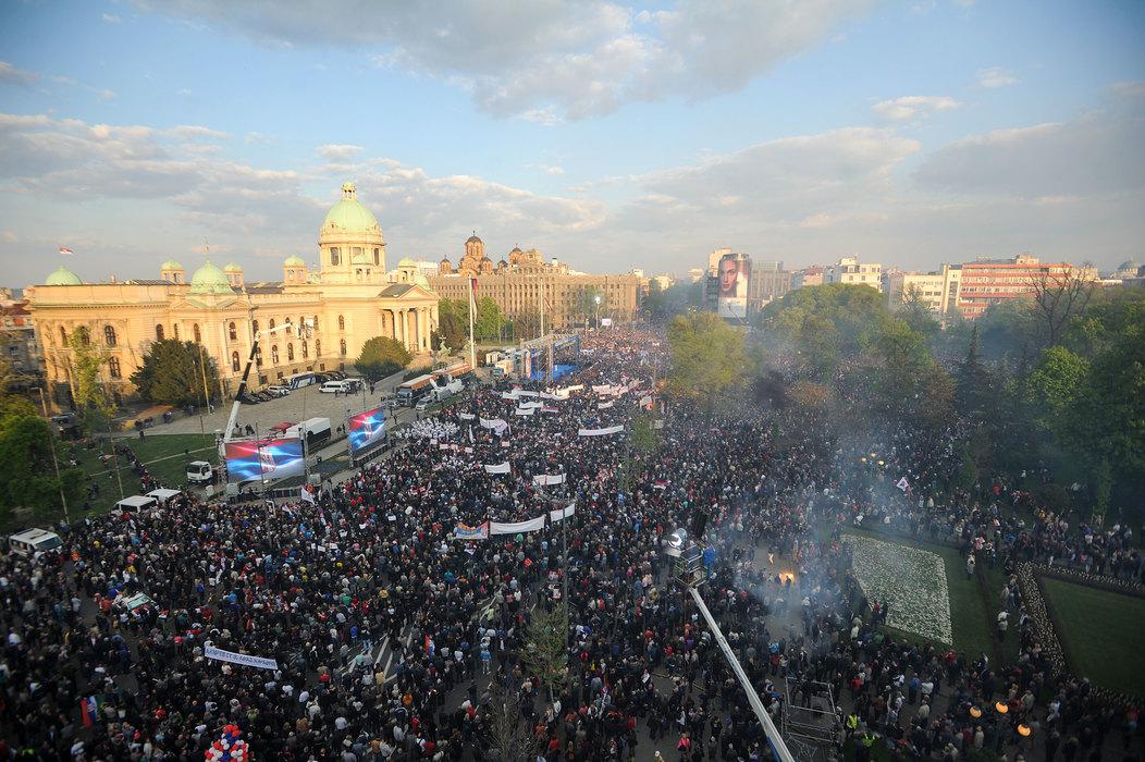 Vučić: Ne bih mogao da branim Kosovo da vas nije ovoliko