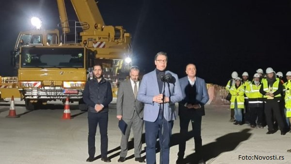 Vučić: Gradimo autoputeve, hoćemo da