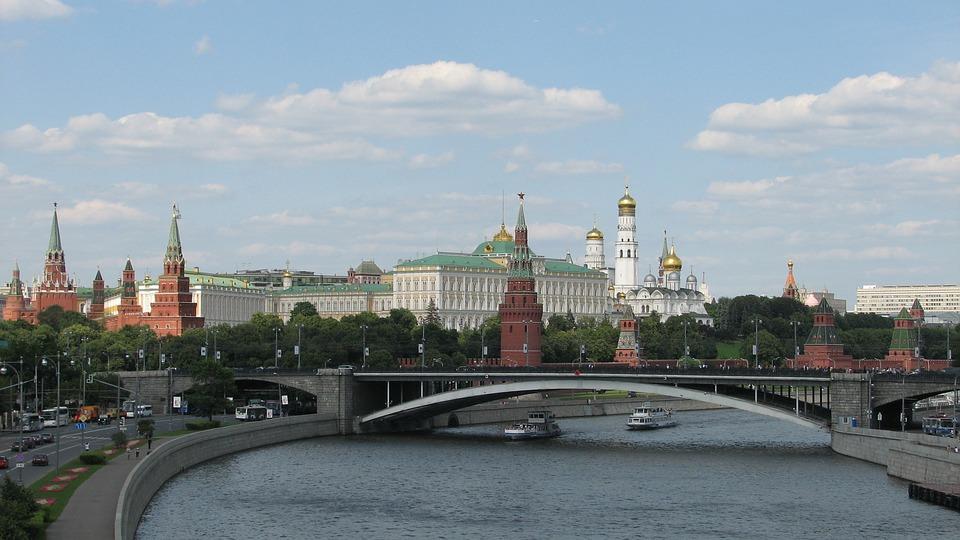 Rusija počela da vraća oduzete brodove Ukrajini