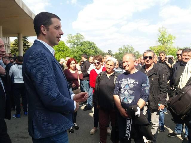 U Beogradu se danas očekuje 170.000 ljudi, iz cele Srbije ali i regiona