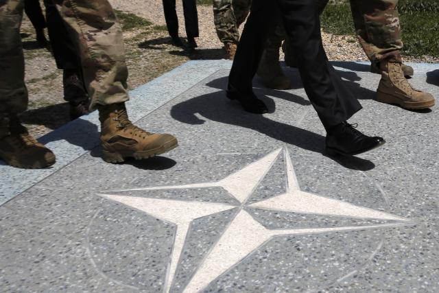 NATO vojska u srpskim čizmama