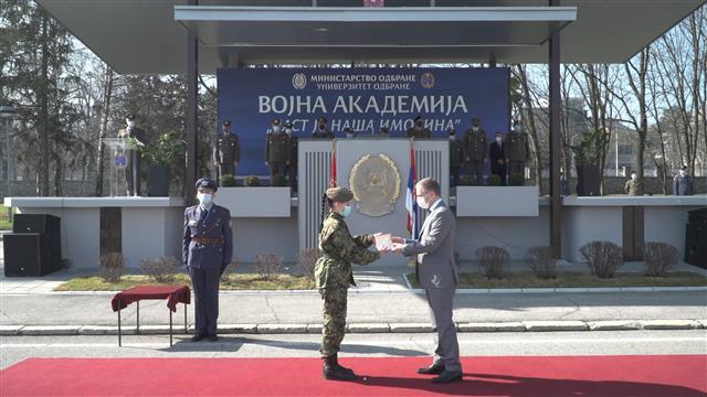Ministar Stefanović prisustvovao promociji najmlađih rezervnih oficira