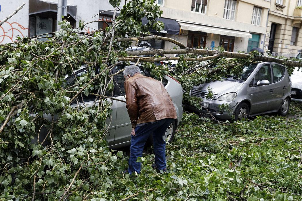 Nevreme u Zagrebu:Više od 700 intervencija, pet povređenih