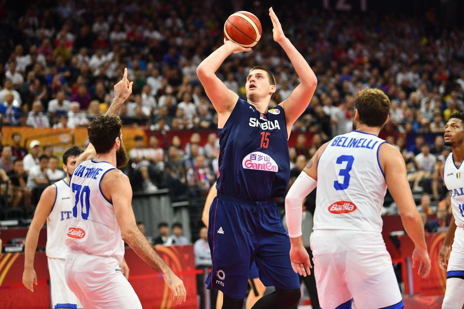Košarkaši Srbije ubedljivi protiv Italije za prvo mesto