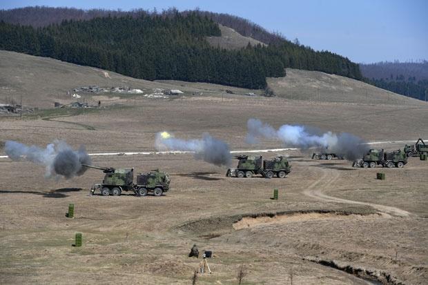 Prikaz srpskog naoružanja stranim delegacijama