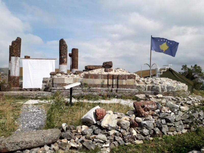 Ivanović: Kosovska zastava ponovo na tvrđavi u Novom Brdu