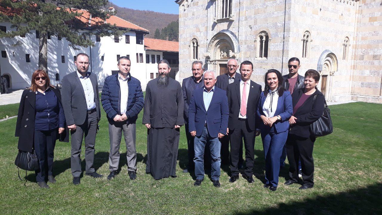 Delgacija iz Republike Srpske u poseti manastirima na KiM
