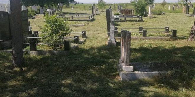 Čišćenje groblja pri kraju – ekipe nastavljaju sa uređenjem zelenih i javnih površina