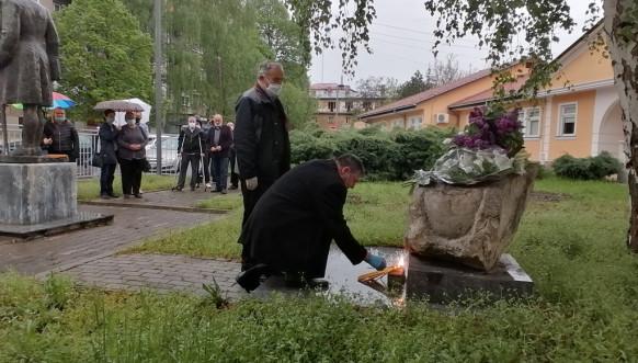 Obeležena 21. godišnjica bombardovanja SUP-a u Mitrovici (foto)