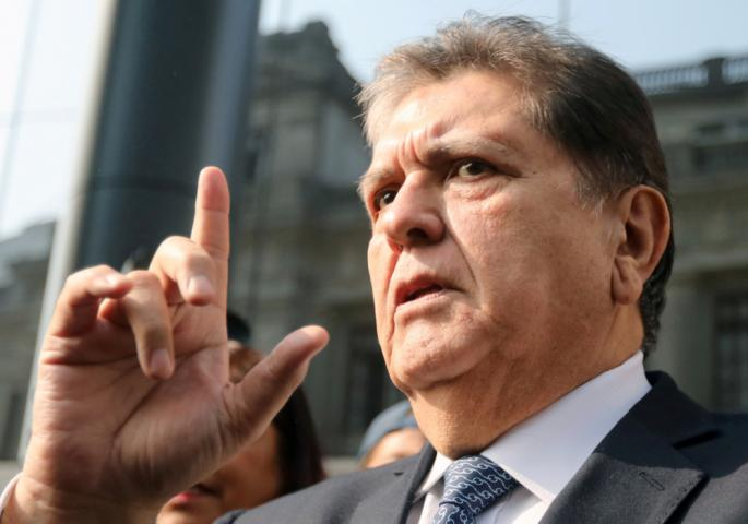 Bivši predsednik Perua pucao u sebe