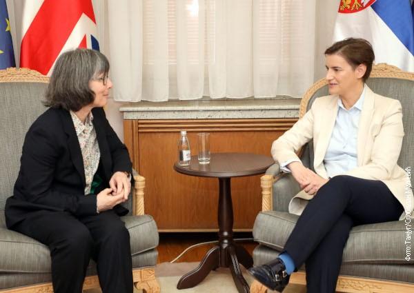 Brnabić sa Maklaud: Jača saradnja u ekonomiji