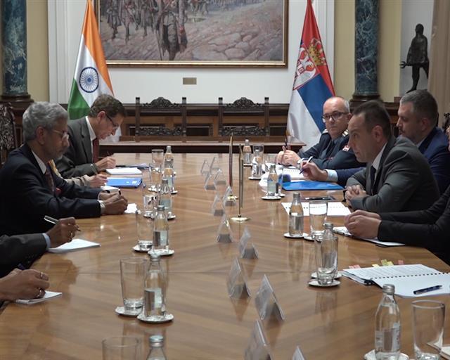 Vulin sa indijskim ministrom spoljnih poslova Džaišankarom