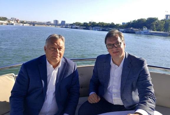 Orban u Beogradu, neformalno i nenajavljeno, na reci sa Vučićem