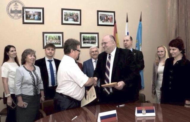 """""""Ruski univerziteti, za razliku od evropskih, ne traže od naših studenata kosovske pasoše"""""""