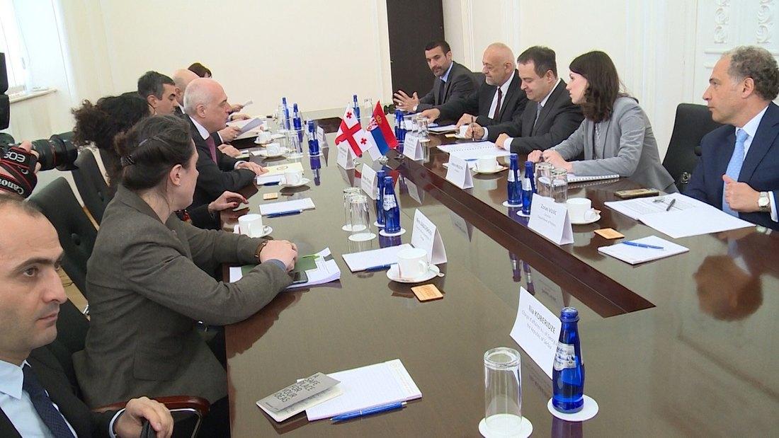 Dačić s gruzijskim kolegom o saradnji i globalnim izazovima