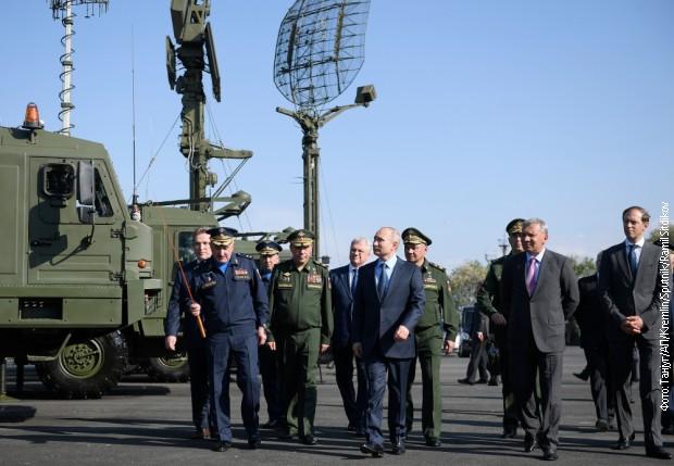 Putinu pokazani najnapredniji lovci, radari, raketni sistemi