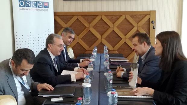 Dačić se u Slovačkoj sastao sa šefovima diplomatije Jermenije i Austrije