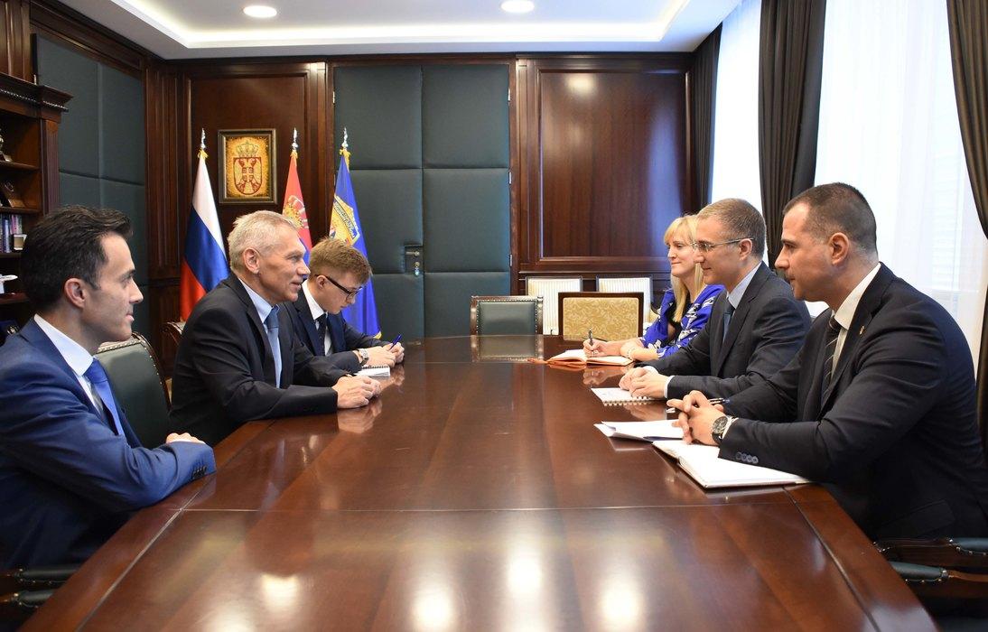 Stefanović i Harčenko: Odlična saradnja Srbije i Rusije