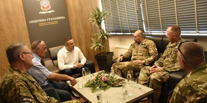 Gradonačelnik Gračanice razgovarao sa novim regionalnim komandantom KFOR-a