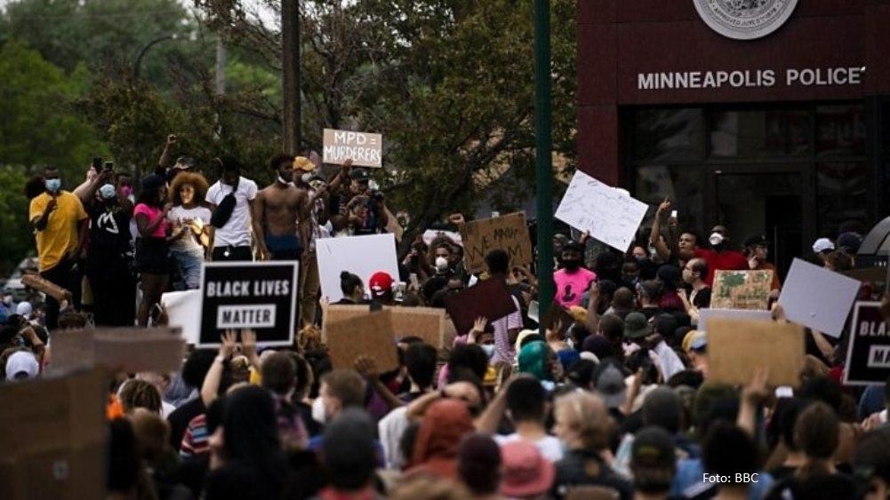 U Mineapolisu vanredno stanje, demostracije se šire po SAD