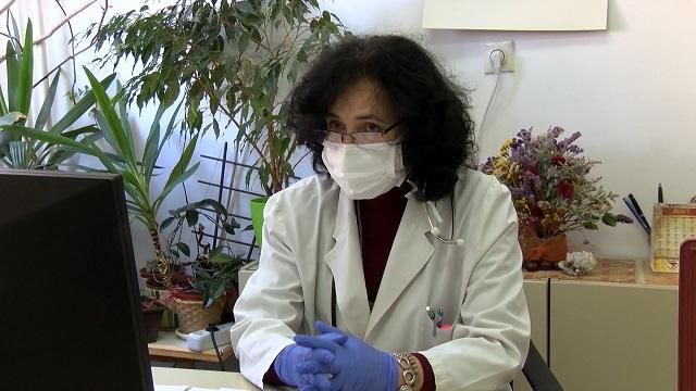 Parlić: Mladi se u poslednje vreme češće prijavljuju za vakcinaciju
