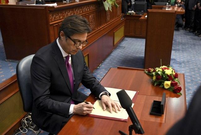 Pendarovski potpisao zakone koje je Ivanov odbio