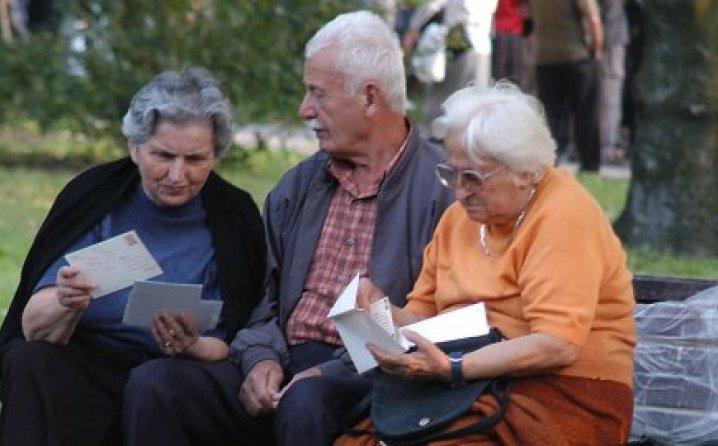 Vučić: Gledamo kako ćemo ubrzati rast penzija