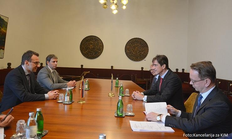 Petković sa Sauerom o položaju srpskog naroda na KiM