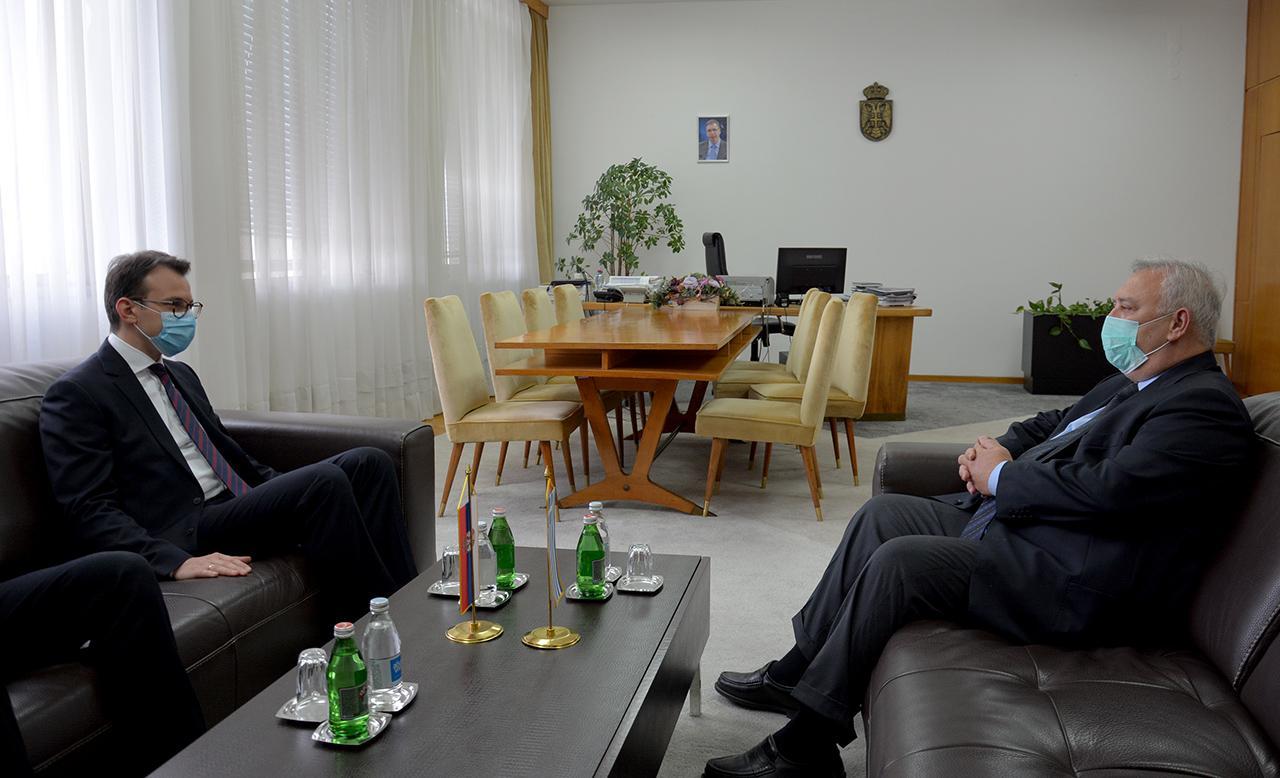 Petković sa ambasadorom Grčke o toku dijaloga Beograda i Prištine, ZSO...