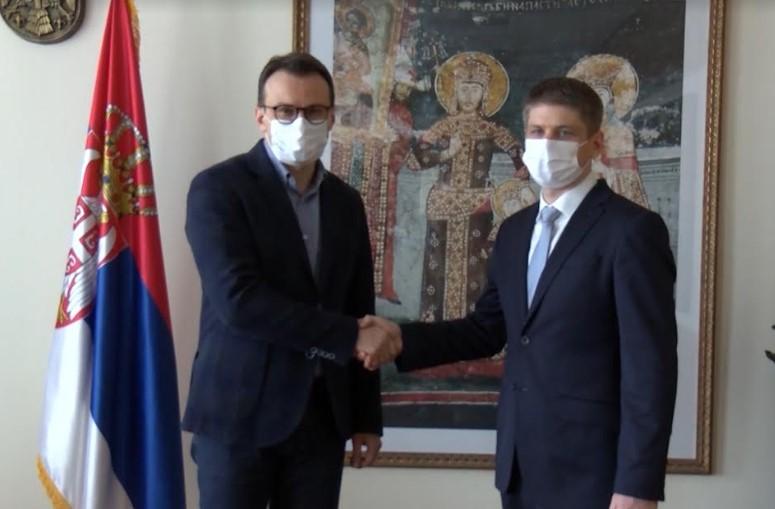 Petković: Humanitarni rad i zalaganje Gujona su svetao primer svima nama