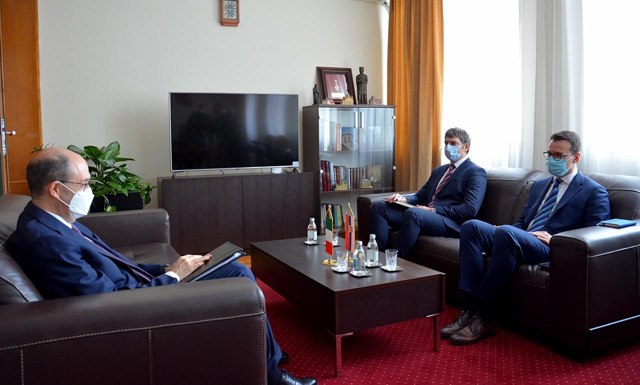 Petković sa Lo Kašom o  političko-bezbednosnoj situaciji i položaju srpskog naroda na KiM